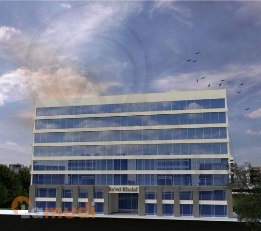 الان امتلك عيادة او مركز طبي في ارقى الاماكن قرب فندق الشيراتون و بجانب المركز العربي