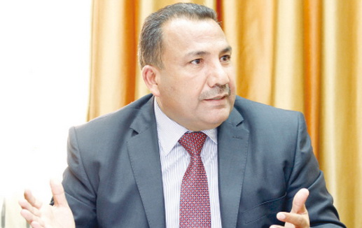 الوزير الاسبق الخوالدة يهاجم وزارتي الإدارة المحلية و الاقتصاد الرقمي