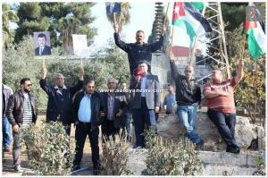 بالصور  ..  موظفو شركة الكهرباء الوطنية يعتصمون للمطالبة بحقوقهم العمالية