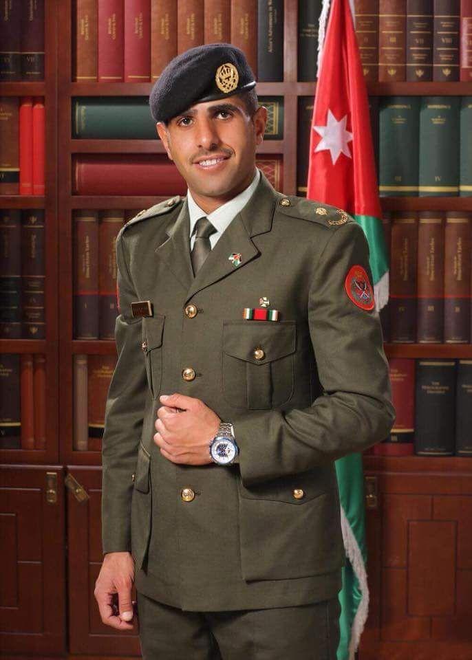 """مبارك ل"""" الملازم احمد الرواضية"""" بمناسبة التخرج"""