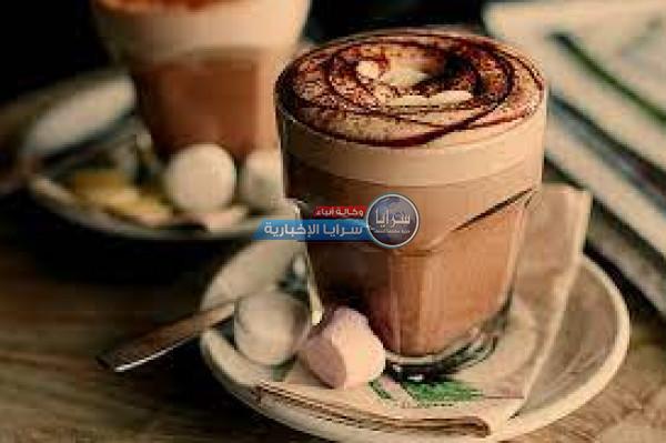 لمحبي المشروبات الساخنة ..  إليكم أفضل طريقة لإعداد حليب الشوكولاتة