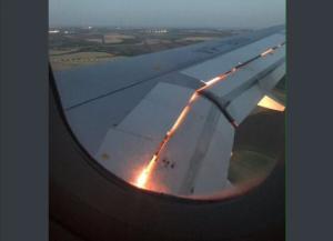 هذا هو سبب احتراق محرك طائرة المنتخب السعودي ونجاتها من كارثة جوية!