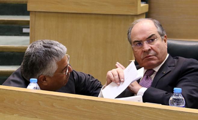 """مطالبات بمحاكمة الملقي وملحس بتهمة النيل من مكانة الدولة المالية  ..  """"تفاصيل"""""""