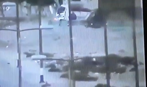 بالفيديو  ..  لحظة مقتل أحد مهاجمي كمين للجيش المصري