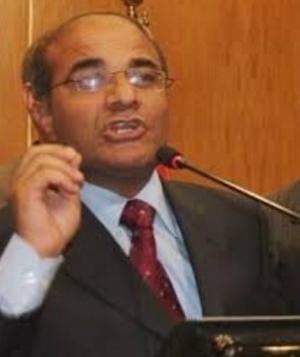 """مطالبات صحفية بتفرغ نقيب الصحفيين """"المومني"""".. وتقديم استقالته من الرأي"""