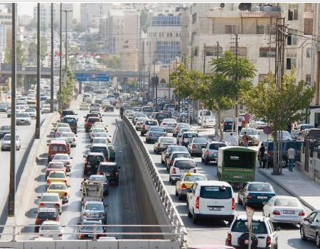 شوارع عمان تتحمل 5 أضعاف طاقتها
