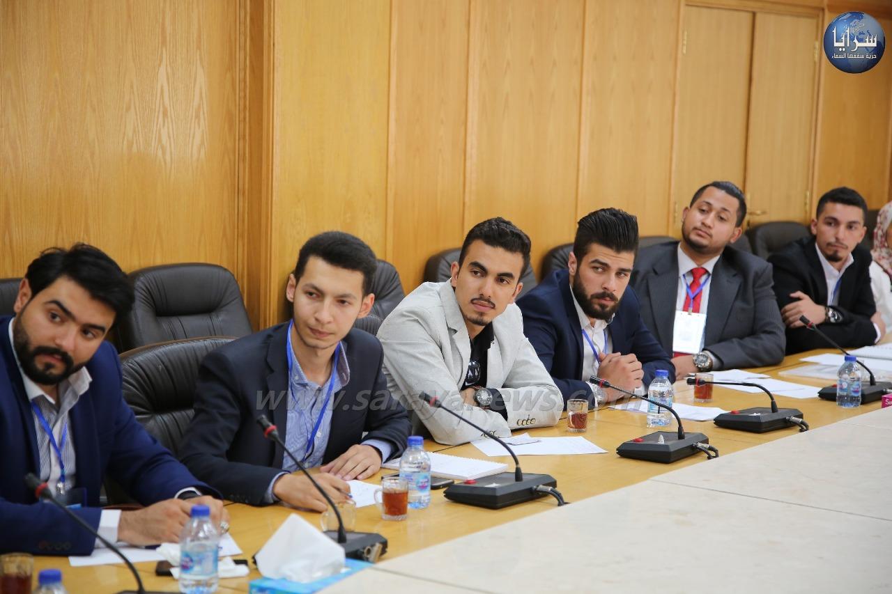 """لجنة الشباب والرياضة تلتقي مع مجموعة شبابية من مبادرة """"شهامة""""  ..  صور"""