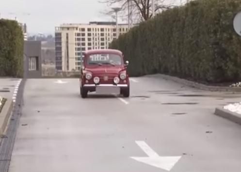 بالفيديو .. راموس يصل إلى التدريبات بسيارته الجديدة