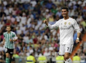 رونالدو يفشل في الاحتفال بمئويته مع ريال مدريد أمام بيتيس