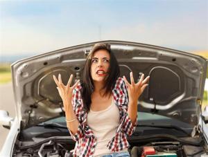 لماذا تعتبر النساء أكثر غضبًا من الرجال خلف عجلة القيادة؟