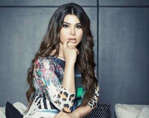 ممثلة مصرية مشهورة أصيبت بالدهشة عند مشاهدة رغد سلامة عن قرب!