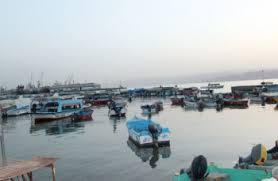 صيادو العقبة يغلقون مرسى الصيد احتجاجا