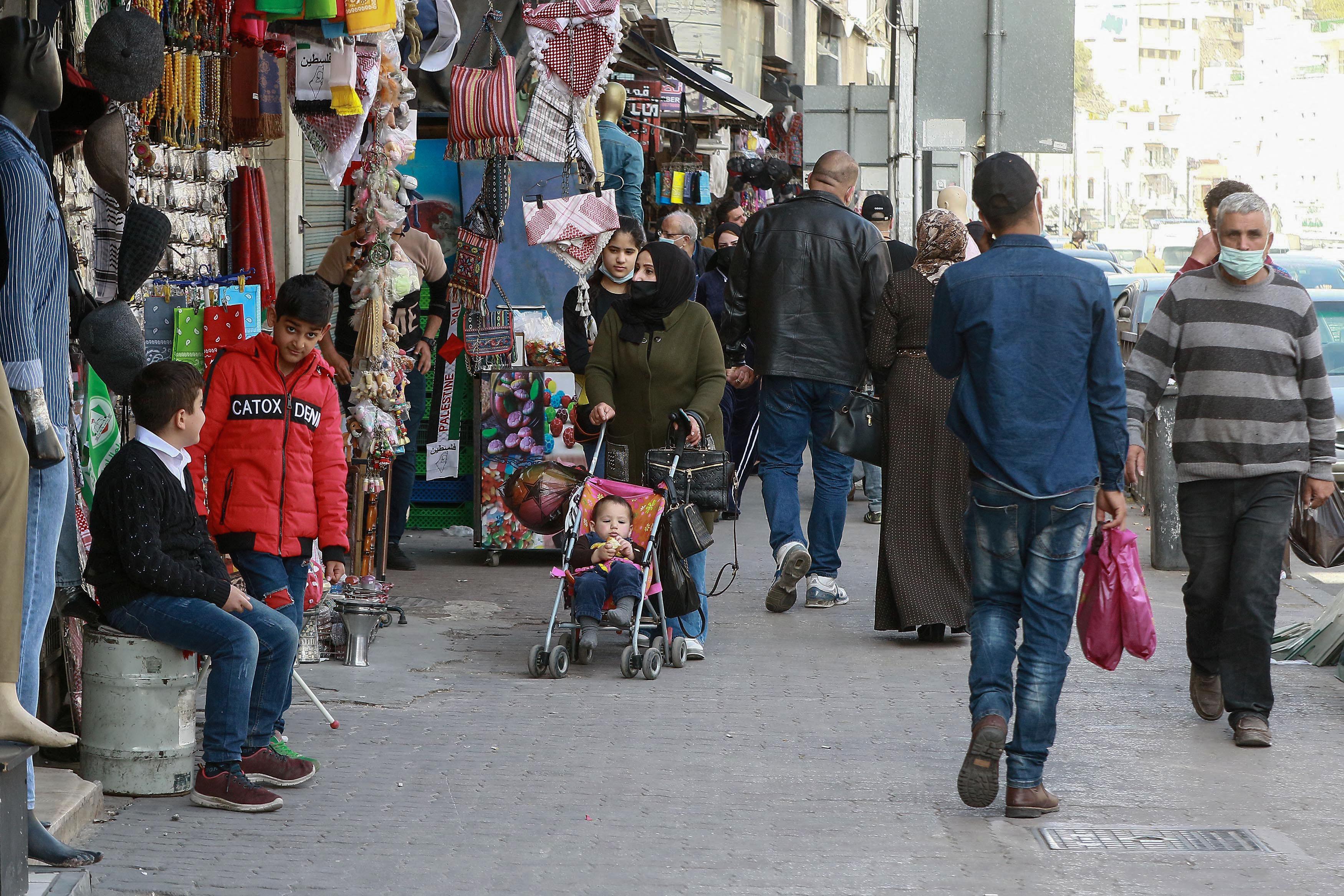 في يوم العمال ..   مطالب بتعزيز شبكة الأمان الاجتماعي بعد أن خسر 80 ألف أردنياً وظائفهم خلال جائحة كورونا