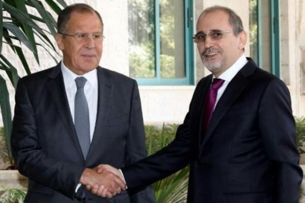 وزير الخارجية يبحث مع نظيره الروسي الوضع في سوريا