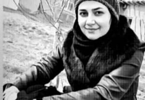 وفاة لاعبة كرة قدم ايرانية بفيروس كورونا اثناء مباراة