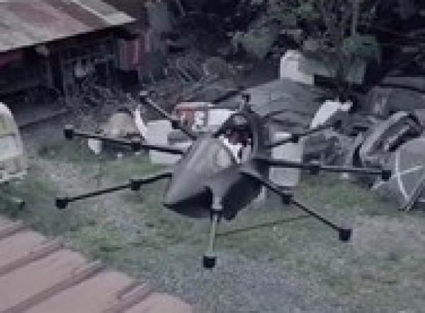 يصنع سيارة طائرة بنفسه لتجنب الاختناقات المرورية