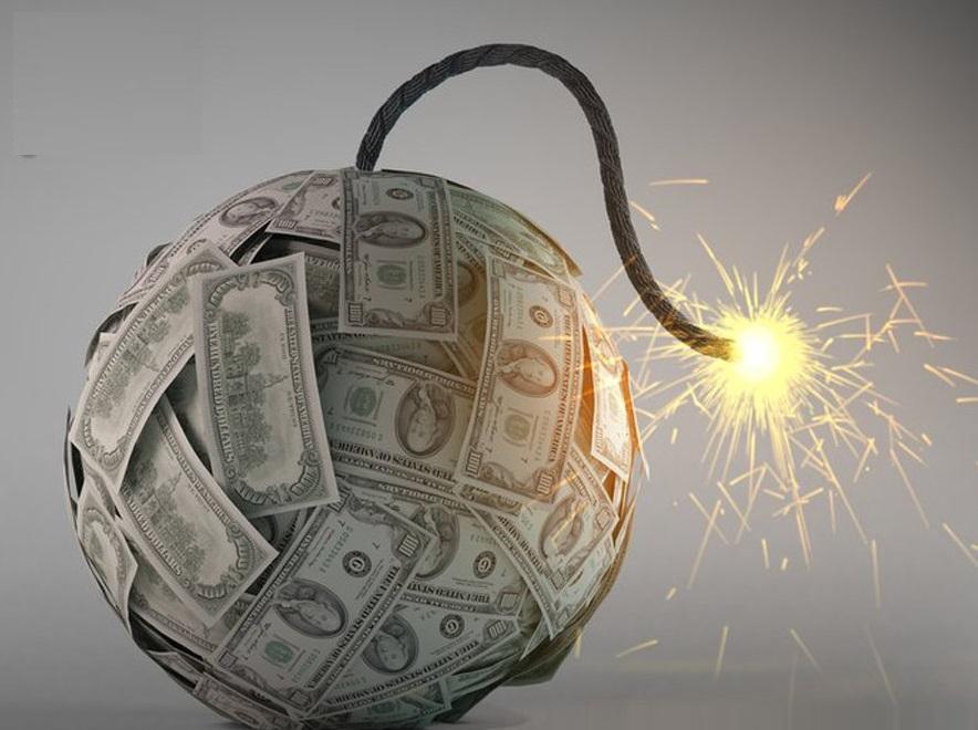 أزمة مالية عالمية من جديد تلوح بالأفق