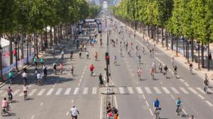 """بالصور ..  شوارع باريس بلا سيارات لهذه الاسباب  ..  """"تفاصيل"""""""