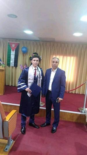 تهنئه من السيد اسامه ابوشنب الي السيد وائل صالح