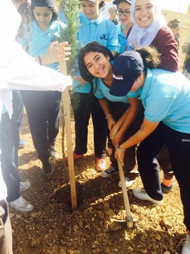 مدارس النظم الحديثة مشارك فاعل في برنامج التدوير البيئي