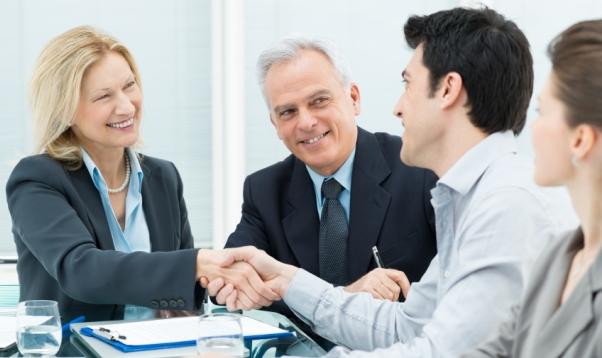 مطلوب لكبرى الجهات التعليمية الحكومية في الخليج العربي من حملة شهادة الدكتوراة او الماجستير