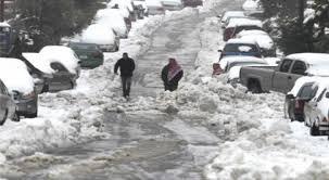 الدفاع المدني يتعامل مع 2872 حالة اسعاف  .. وأجلى 1242 شخصاً علقوا بالثلوج