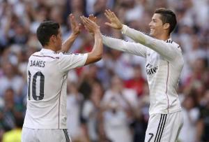 """بالفيديو : ريال مدريد يحسم """"الكلاسيكو"""" بثلاثية في شباك برشلونة"""