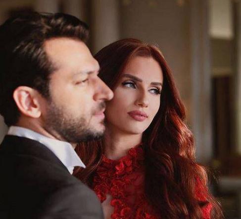 بالصور .. رومنسية وحب بين مراد يلدريم وزوجته