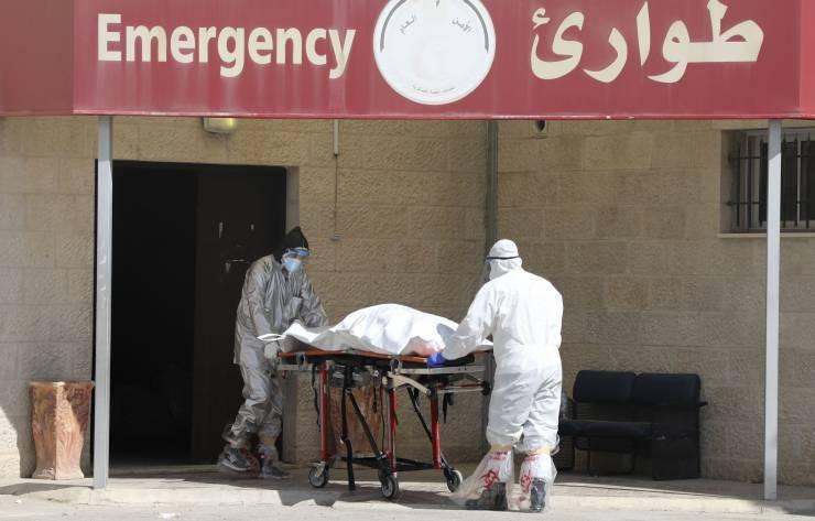 فلسطين : 11 وفاة و1555 إصابة جديدة بكورونا ..  33 مريضاً على أجهزة التنفس الاصطناعي