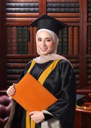 الدكتورة ديما محمد ابوعفيفة .. مبارك شهادة الطب بتقدير امتياز