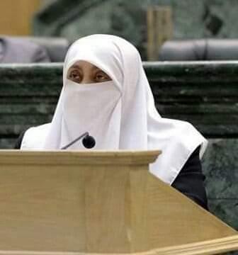 العتوم تؤكد تأييدها لمطلب علاوة المعلمين وتدعو الحكومة للإستجابة الفورية لهم