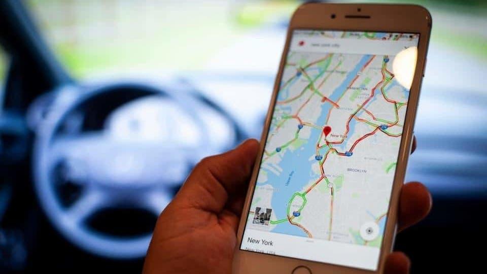 ميزة جديدة بخرائط غوغل يحبها السائقون لكن الشرطة تكرهها