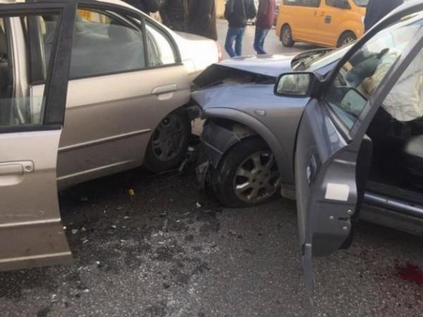 خمس إصابات بحادث تصادم بين ثلاث مركبات جنوب جنين