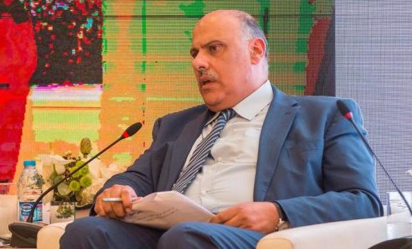 مطالبات بإقالة رئيس ديوان الخدمة و تعيين كوادر طبية جديدة و إعادة المتقاعدين