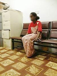 المجتمع السعودي يصحو على فاجعة .خادمة اثيوبية تنحر ابنة كفيلها