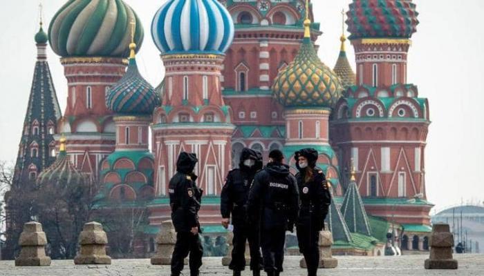 روسيا  ..  153 وفاة و7426 إصابة جديدة بكورونا