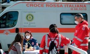 لأول مرة ..  تراجع عدد الحالات التي تستدعي عناية مشددة في إيطاليا
