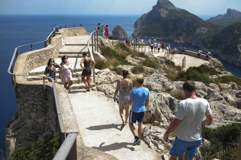إسبانيا تنظم رحلات سياحية إلى منازل مشاهير الفن