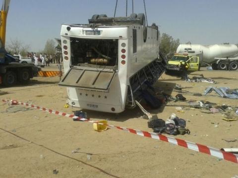 إصابة (13) معتمر أردني بحادث سير على طريق تيماء بالسعودية  ..  أسماء