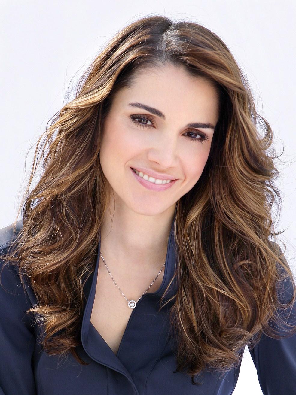 الملكة رانيا الأكثر أناقة .. أجمل 5 زوجات لرؤساء وزعماء الوطن العربي