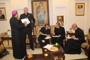 مدير الاعلام والمراسيم البابوية في عمان لوضع لمسات اخيرة على استقبال البابا
