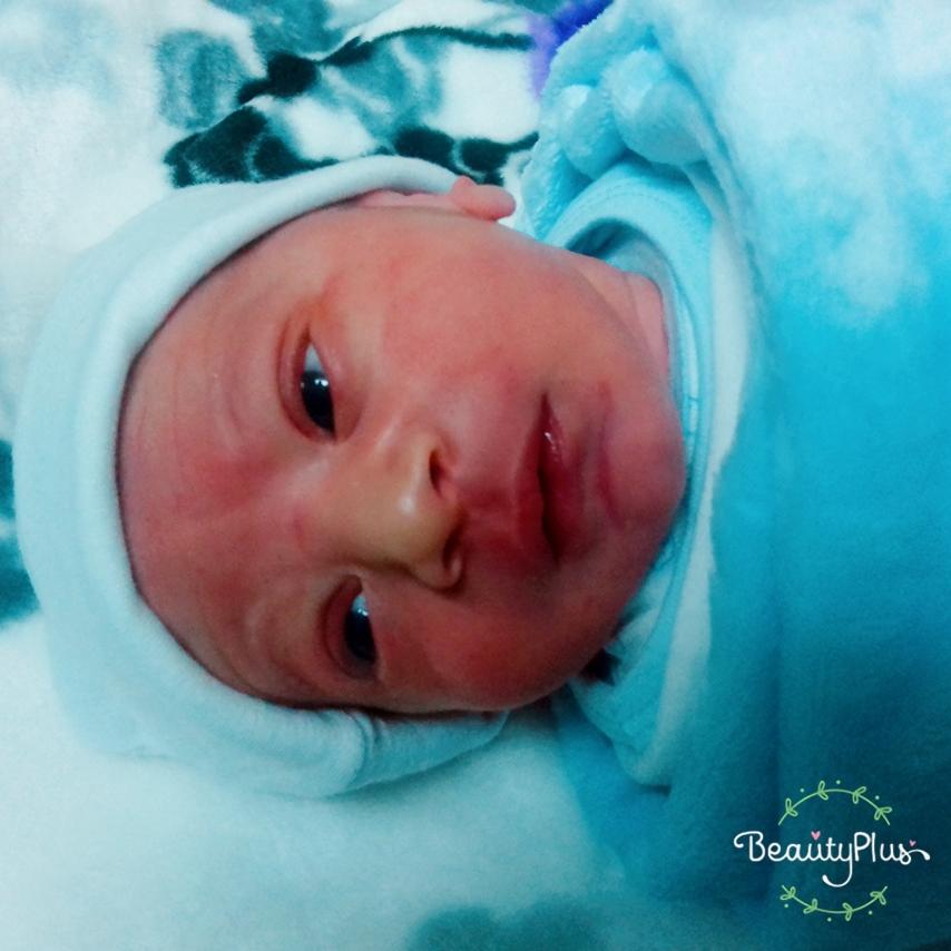 """مبارك المولود الجديد """"يوسف"""" للزميل حسين الوهادنة"""