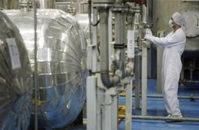 ترحيل إيراني من أمريكا لإدانته بشحن تجهيزات لتخصيب اليورانيوم