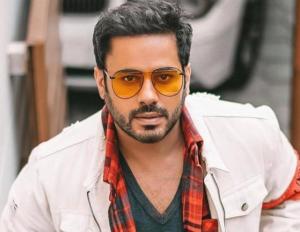 عبدالله بوشهري في الحجر الصحي بسبب الكورونا