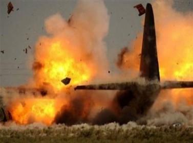 7 قتلى بتحطم طائرة عسكرية بالقرب من ساحة التغيير في صنعاء