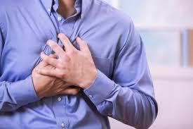 إصابة شخصان بضيق في التنفس بإربد