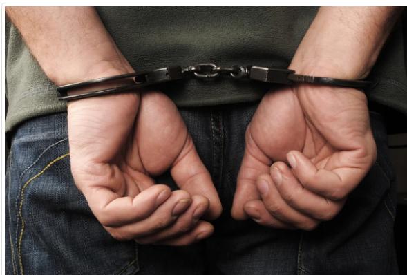 القاء القبض على شخص طعن شقيقه في اربد