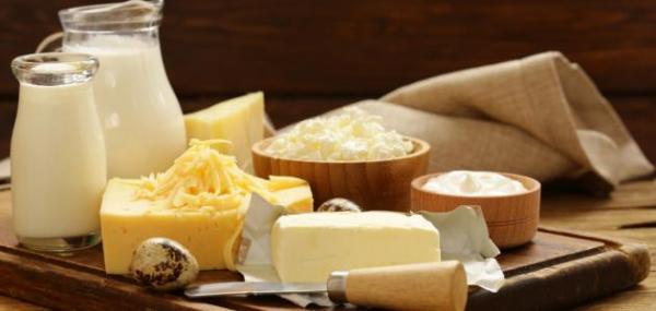 ما خطر تناول منتجات الألبان بكثرة؟