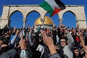 حماس: مسيرة الأعلام ستكون بمثابة صاعق انفجار لمعركة جديدة