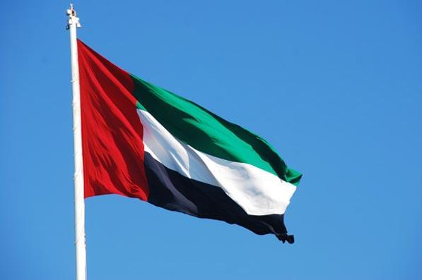 ارتفاع إصابات كورونا إلى 1505 في الإمارات